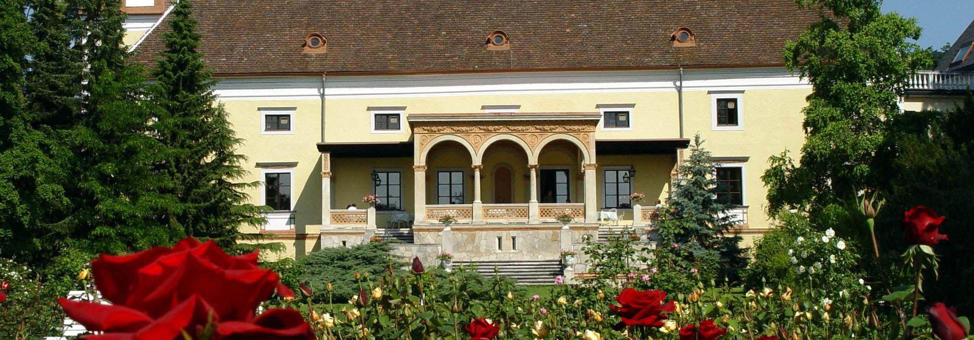 Hotel Schloss Weikersdorf 4 Schlosshotel In Baden